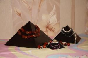 шунгитовые пирамиды